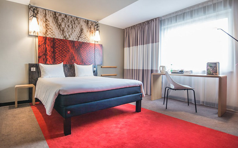 Looking for a hotel in Geneva?